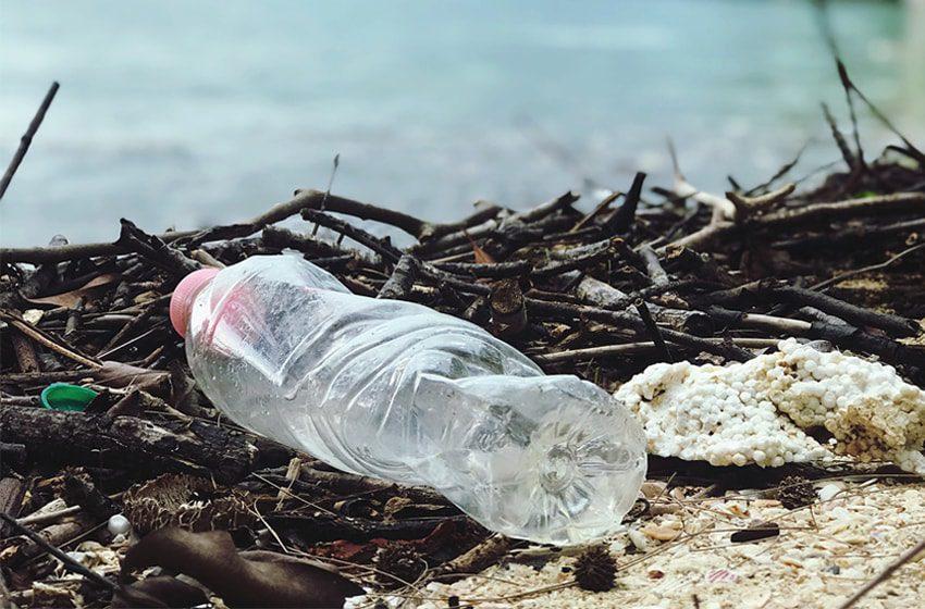 reasons to avoid plastic water bottles