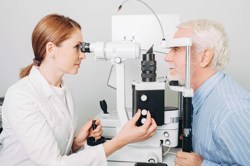 Visiting An Optometrist